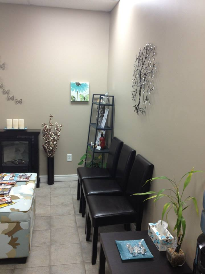 Advantage Massage Therapy Waiting Area